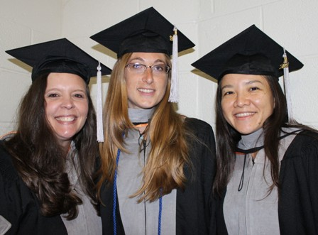Class Of 2012 Tips Tassels To Left 187 College Of Veterinary